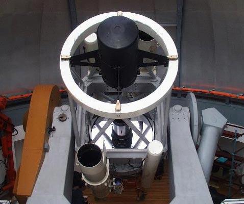 Полутораметровый телескоп RTT150 (бывший АЗТ-22), изготовленный в России на ЛОМО и установленный на горе Бакырлытепе в Турции.