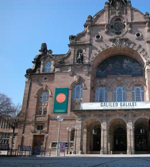 В марте 2006 года в Оперном театре Нюрнберга шел танцевальный проект<br>Галилео Галилей. Жаль, что не удалось посмотреть