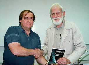 Алан Хейл и Уильям Брэдфилд -- Dr Alan Hale (left) and Bill Bradfield (right)