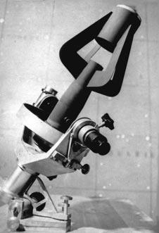 25-см телескоп Ричи-Кретьена с фокусом Нэсмита, где окуляр совмещен с осью склонений