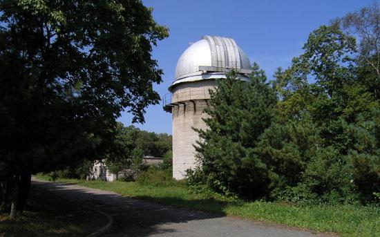 Рис. 2. Башня двойного астрографа.