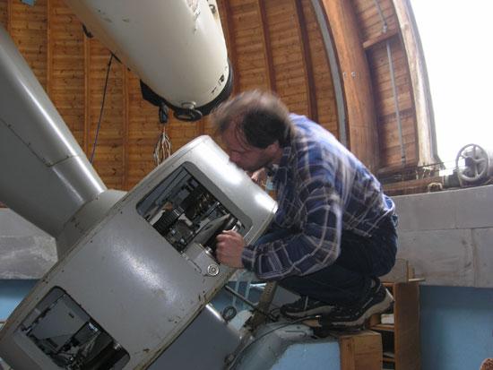 Рис. 8. Процесс настройки механизмов наведения телескопа.